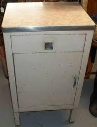 simmons modern furniture metal side table 2. vtg 194050s simmons furniture metal medical dental kitchen cabinet retro pink modern side table 2