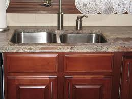 Kitchen Cabinets St Louis Autumn Rose Crema Bordeaux Granite Counters With Cherry Cabinets