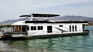 odyssey houseboat largest houseboat rental on the colorado river comfortably sleeps twelve 12 people
