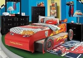 Shop for a Disney Cars Lightning McQueen 7 Pc Bedroom at Rooms To Go Kids.