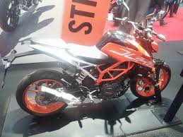 2017 KTM Duke 390 in India, Prices, Top Speed & Colors