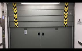 Huge Hydraulic Elevator w/CRAZY 4 SPEED VERTICAL DOOR at Istanbul ...