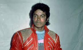 هل مايكل جاكسون على قيد الحياة كما تؤكد السوشيال ميديا بخبر جديد عنه؟
