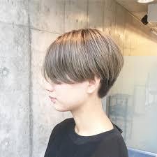 女の人やメンズの中性的な髪型21選中性的なジェンダーレスの魅力も Cuty