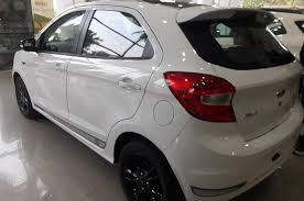 2018 ford aspire.  2018 at the front new figo s gets a u0027mustangu0027 inspired black honeycomb  grille smoked headlamps and fog lamp bezels complement overall look throughout 2018 ford aspire