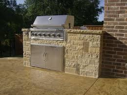 outdoor kitchens stone work outdoor kitchen