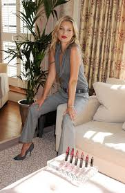 more pics of kate moss red lipstick 3