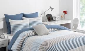 college bedroom. Exellent College FAQs About College Dorm Bedding Throughout Bedroom W