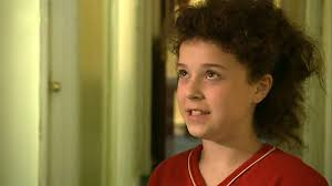Tracy beaker comes to blows with. 7po Gpkjdmcnkm