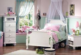 unique kids bedroom furniture. Luxury Bedroom Furniture For Kids With Pink Pillows Unique