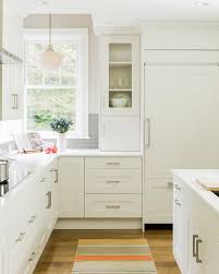 pure white minimalist kitchen cabinets