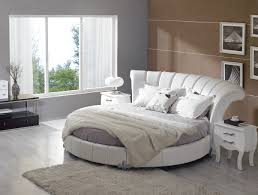 Venetian Eco Leather Round Bed
