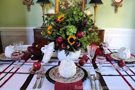 Thanksgiving Harvest Tablescape With Apples And Pumpkins ...