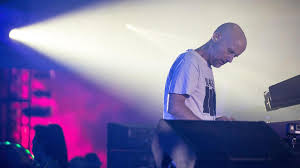 Moby Charts Mobys Play At 20 Why It Became The Best Selling