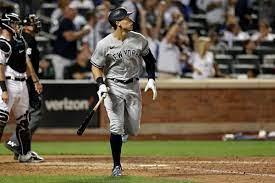 Yankees slugger Aaron Judge leaves in ...