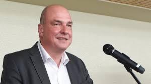 Landkreis Donau-Ries: Peter Moll offiziell als Landrats-Kandidat nominiert    Donauwörther Zeitung