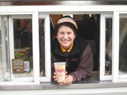 Dunkin Customers Pay It Forward By Paying For Strangers Orders