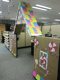 office christmas decorations ideas brilliant handmade workstations. Office Christmas Decorations Ideas Brilliant Handmade Workstations. Cubicle Gingerbread House Workstations A