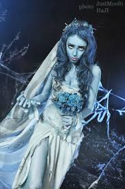 we post a lot of superhero and villain cosplay around here so how about a change of pace this corpse bride cosplay inspired by tim burton s is
