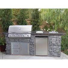 Pin By Nwhitton On Pool In 2021 Outdoor Kitchen Design Layout Outdoor Kitchen Design Outdoor Kitchen Countertops