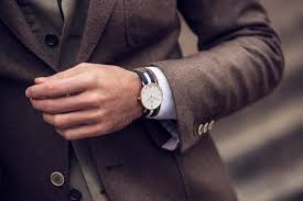 spotlight on the daniel wellington nato style watch fenwick natostraparticle