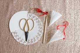paper cones wedding. confetti cone diy paper cones wedding