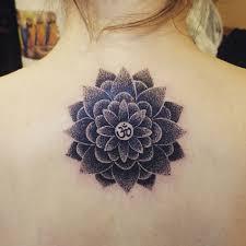 татуировка лотос тату выполнена одним сеансом по эскизу клиентки