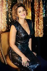 Entertainer Jackie Clarke's Beauty Routine - Viva