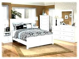 Distressed White Bedroom Furniture Rustic Distressed Bedroom ...