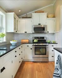 Delighful Kitchen Backsplash White Cabinets Black Countertop Counter And Hardware Beautiful Design