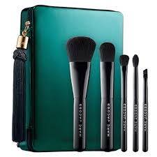 marc jacobs beauty your place or mine five piece travel brush set