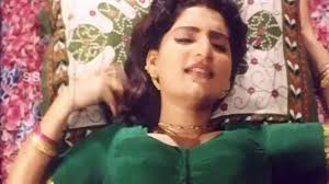 Beautiful Aunty Romance In Midnight Bedroom Uncut 18 Telugu Hot.