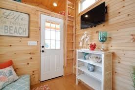 Small Picture 16 ft Harbor Hotel by Tiny House Building Company