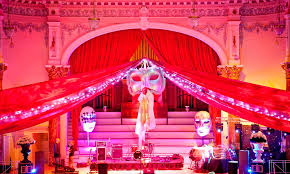 Masked Ball Decorations Gorgeous Office Christmas Masked Balls And Venetian Themed Christmas Party