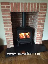 our natural brazilian black slate has a very smooth riven surface so no need to worry about large lumps and ps to think about when placing the legs of