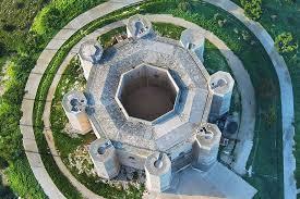 Risultati immagini per castel del monte