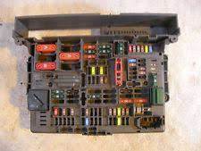 bmw fuses fuse boxes bmw 1 3 series e81 87 e90 e91 e92 fuse box fusebox power distribution 9119446