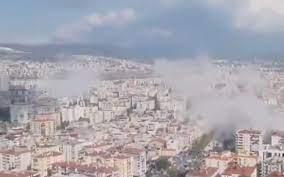 İzmir semalarında deprem sonrası korkutan görüntü - Internet Haber