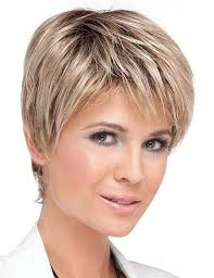 Grande Coiffure Courte Femme Moderne Coiffure Coupe Courte