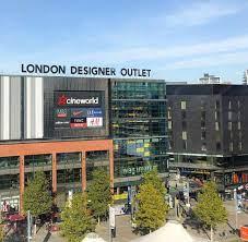 """خالدالتميمي🎡دليل لندن a Twitter: """"منطقة ويمبلي في لندن فيها 1- Boxpark  Wembley وهي ساحة تجمع الكثير من المطاعم والمقاهي 2-اوت لت London Designer  Outlet مجمع صغير يحتوي على بعض البراندات المخفظة 📌"""