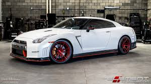 nissan 350z 2015 black. 20 inch staggered rohana rf2 gloss red rotary forged on 2015 nissan gtr 350z black