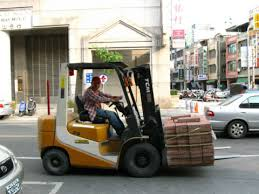 Do Operators Need Car License To Drive Forklifts On Public Roads