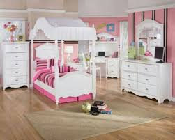 Princess Bedrooms For Girls Beige Sisal Rug And Unique Canopy Bed For Charming Princess