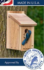 wooden bluebird house model bb1 constructed of reforested kiln dried inland red cedar by woodlink com