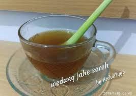 Panaskan air hingga mendidih, masukkan jahe, sereh, gula merah, kayu manis. Resep Wedang Jahe Sereh Gula Aren Oleh Maryam Aishofiyya Cookpad