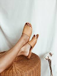 <b>Fashion</b> Friday: <b>Simple Summer</b> Sandal Roundup! — Elements of ...