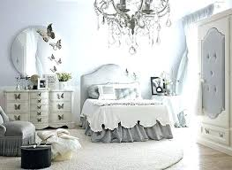 Gray And White Bedroom Home Decor With Wall Art Tips Tricks Grey ...