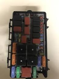 fiat grande punto engine bay fuse box good working order not water water in fuse box car image is loading fiat grande punto engine bay fuse box good