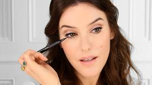 60 s french icon geïnspireerde make up door lisa eldridge met lancôme you
