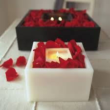 Great Valentines Day Home Decor Ideas Candles Romantic Mood Red Rose Petals Nice Look